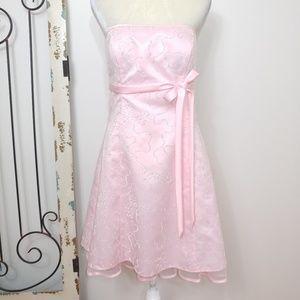 Morgan & Co. Pink formal dress size 11/12